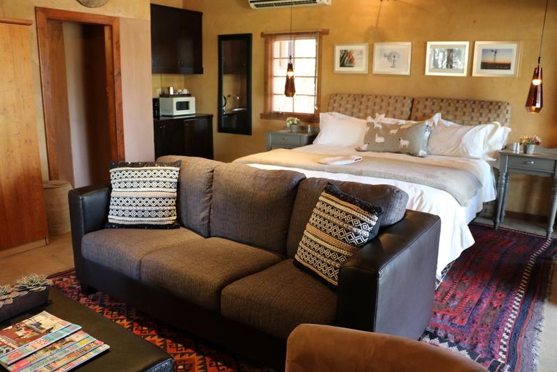 Camphor Honeymoon Suite 3