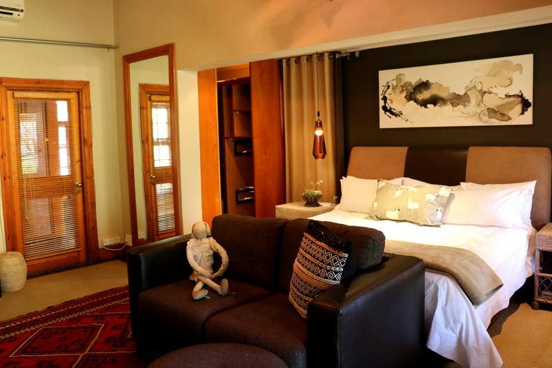 Fever Tree Honeymoon Suite 4