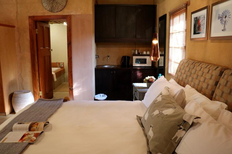 Camphor Honeymoon Suite 9