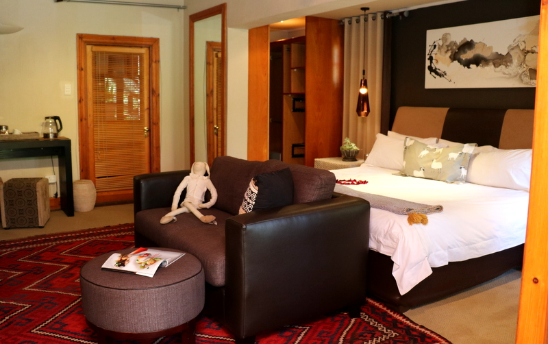 Fever Tree Honeymoon Suite 10